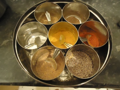 Cook Indian food with colourful, aromatic spices.